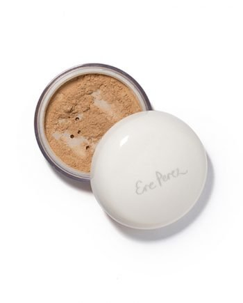 Ere Perez Calendula Powder Foundation puuterimainen meikkipohja – Tan