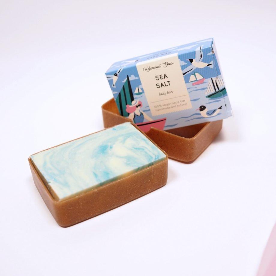 Biohajoava saippuakotelo, liquid wood -materiaalista